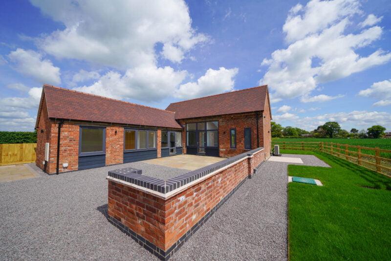 Newlands Barn, Hatton, CV35 7HS